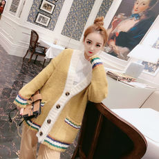 Doll house trend women's 2018 autumn and winter clothing new Korean fashion single-breasted contrast sweater coat
