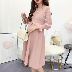 Pregnant women autumn dress 2018 fashion tide mom loose thin high waist V-neck knitting stitching mesh maternity skirt
