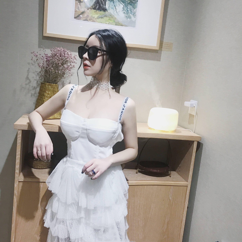 夜店女装性感低胸修身露背镂空网纱蓬蓬裙高腰字母吊带连衣裙夏潮
