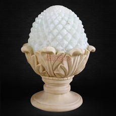 Artificial sandstone embossed European garden landscape indoor and outdoor classic art lighting carved pineapple light ornaments