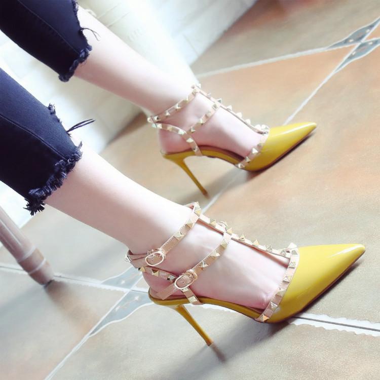 名媛风2018夏季新款浅口时尚铆钉尖头鞋细跟高跟鞋一字扣凉鞋女