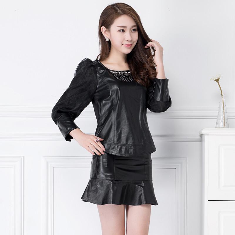 2017韩版新款圆领绵羊皮真皮拼接打底小衫女士短款修身雪纺袖上衣