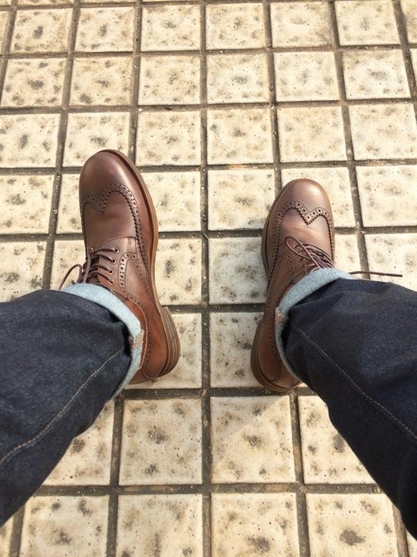 穿起很有感觉,鞋型还能做得更好,希望能穿的久点