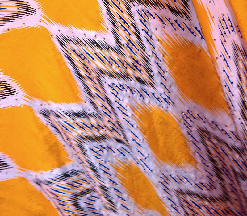 新疆/维吾尔族布料艾德莱斯真丝绸宽幅1米10cm新品礼品/特价