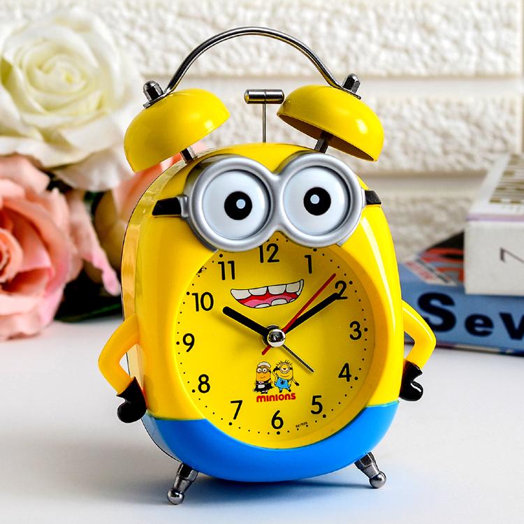 创意可爱卡通闹钟金属静音带灯儿童学生起床铃小黄人台钟打铃闹钟