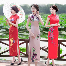 Long silk cheongsam 2018 new spring and summer dignified atmosphere daily self-cultivation slimming show performance large size cheongsam
