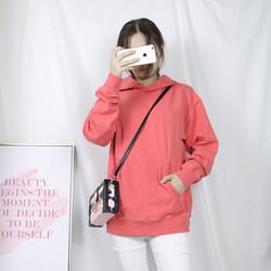 2018秋冬新款 纯色 百搭韩范少女减龄 风格简约运动风格 甜美卫衣