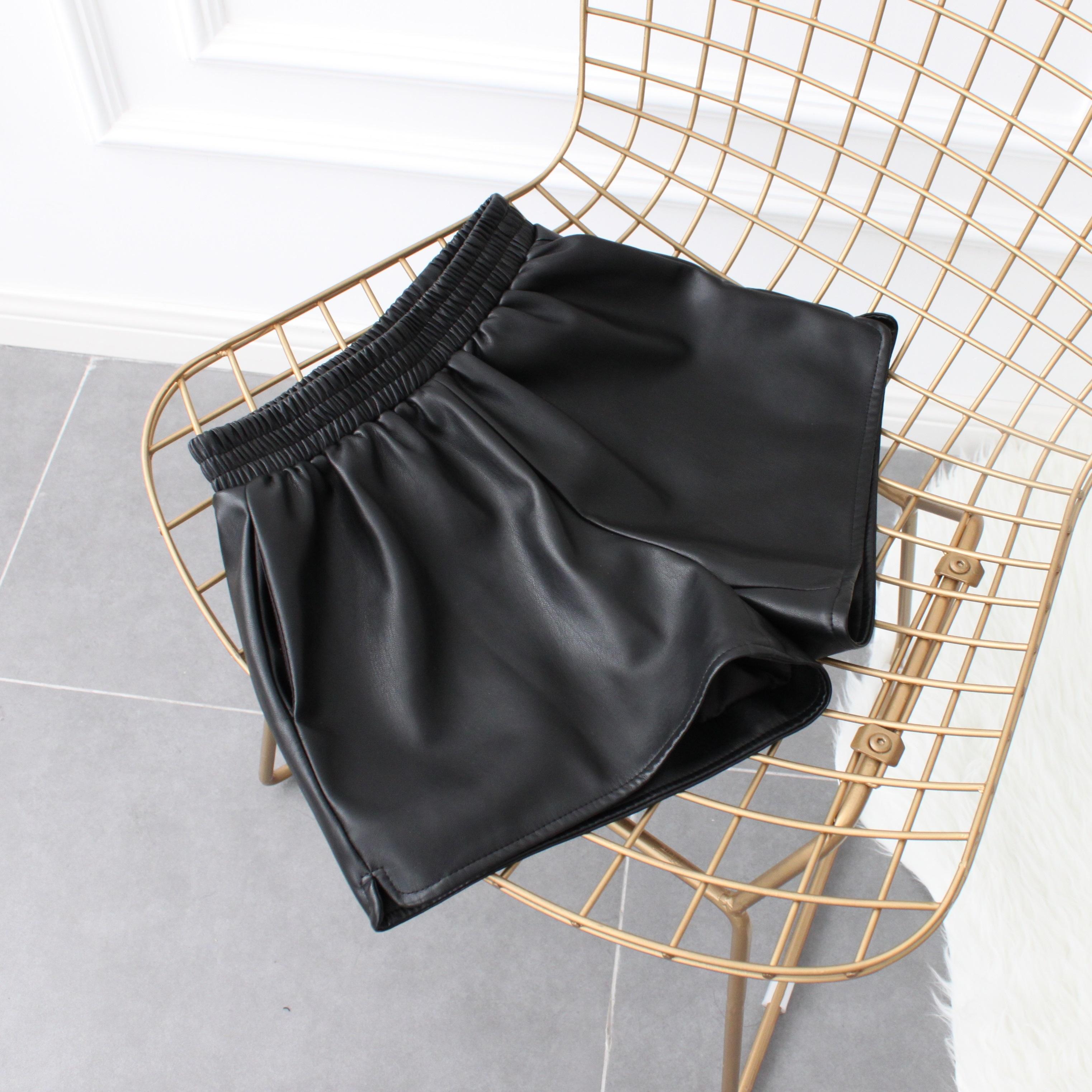 仿小羊皮经典款高品质显瘦显高提臀PU皮短裤热裤皮裤