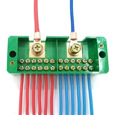Promotional package two into twelve outlet junction box wire splitter Household wire terminal block junction box