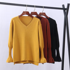 2018 autumn and winter new women's V-neck long-sleeved pullover sweater loose thin bottoming shirt large size fat MM sweater