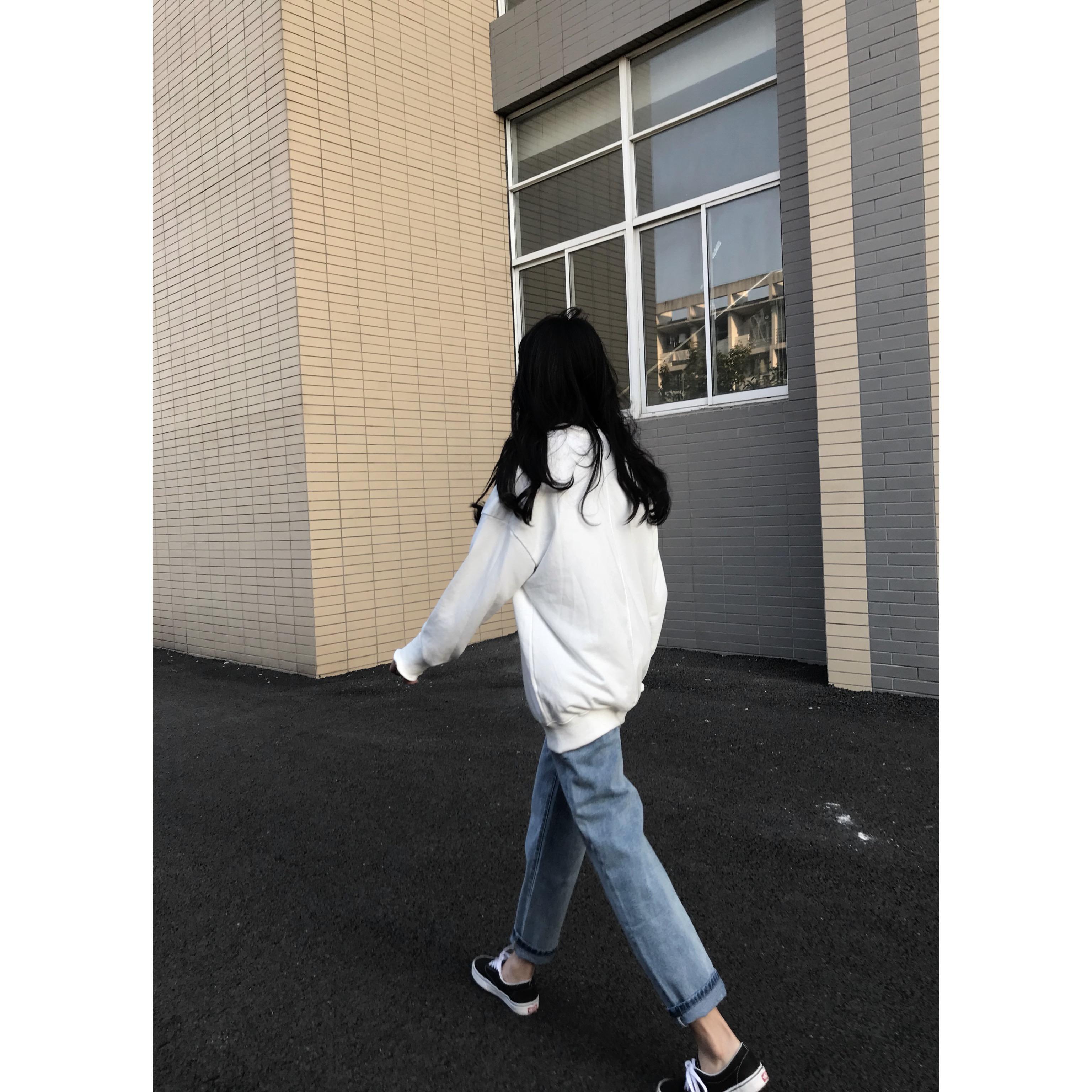 2018秋冬新款 时尚百搭款 基础经典直筒牛仔裤显瘦学生休闲长裤女