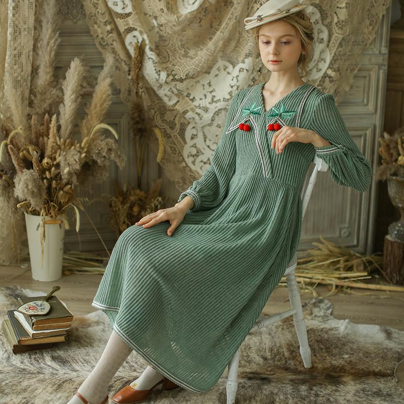 脸儿艺 森女复古秋冬 抹茶绿 手工 果子森女翻领 针织修身连衣裙