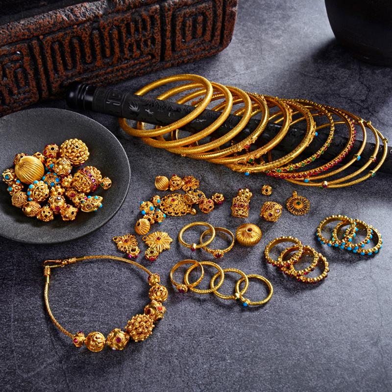 黄金项链吊坠女款古法錾刻足金手镯戒指手链转运珠耳钉男珠宝直播