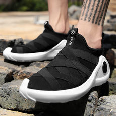 New flying woven sports shoes basketball culture shoes black warrior a pedal men's shoes lazy shoes feet casual shoes running shoes