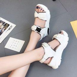 凉鞋女夏季厚底松糕鞋韩版2018新款露趾罗马鞋百搭舒适休闲沙滩鞋