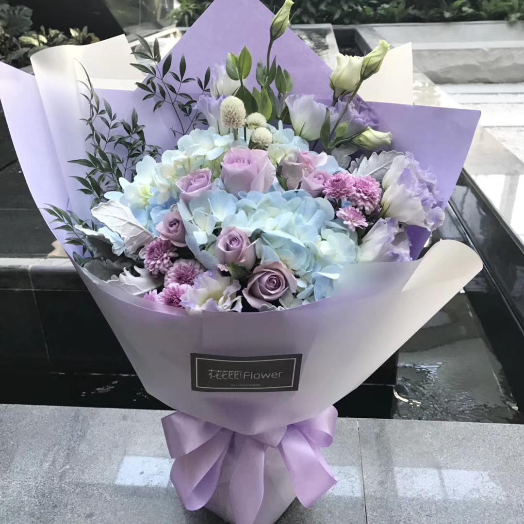 天津郑州鲜花同城速递高档绣球香槟红玫瑰韩式花束情人节送女友图片