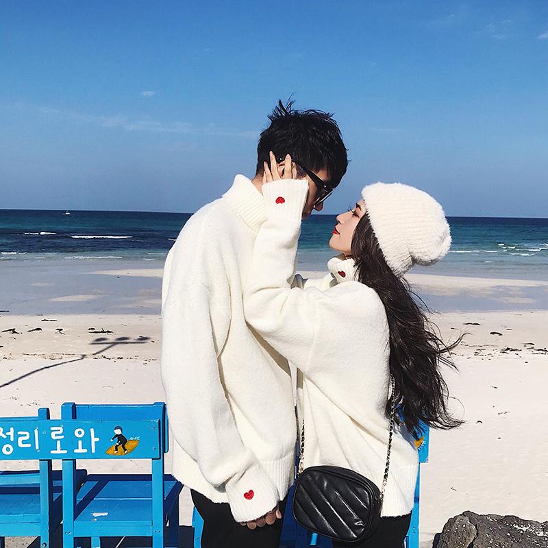 阿姐家情侣装白色超火cec高领爱心毛衣女冬季2018新款宽松针织衫