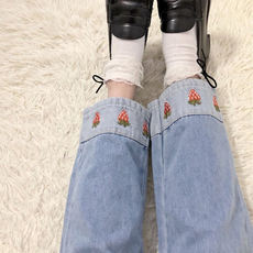 Jeans female spring students loose Korean version of strawberry embroidery high waist was thin wild trousers nine pants straight pants