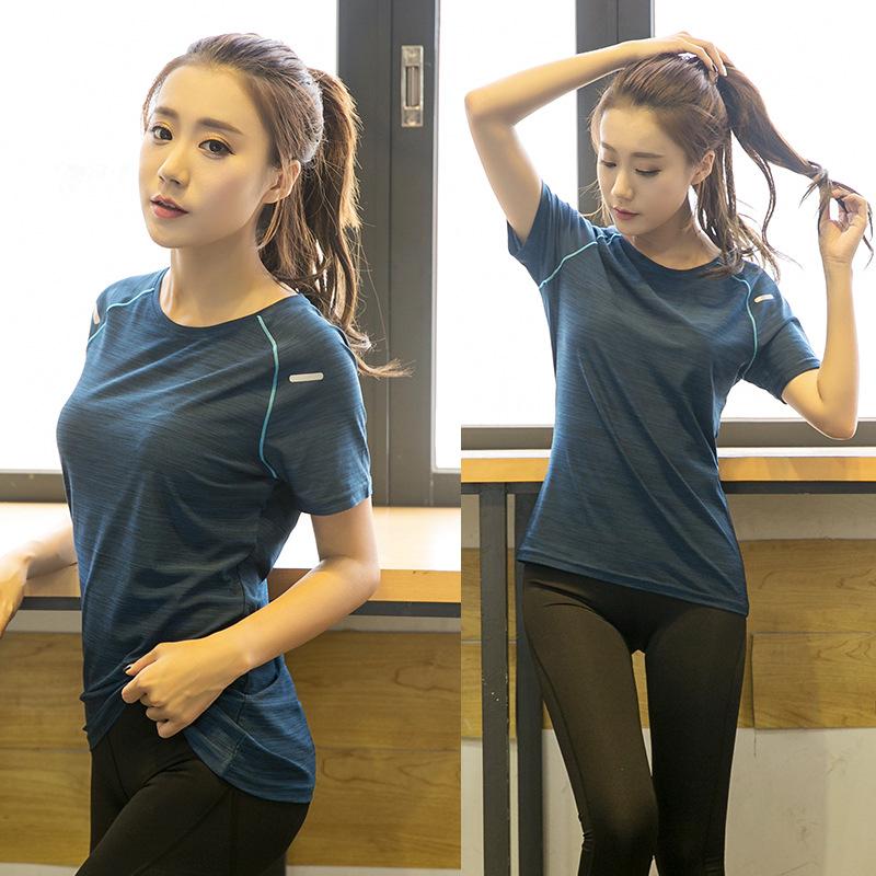加大码运动吸汗速干T恤女胖mm夏装宽松跑步健身瑜伽短袖上衣200斤