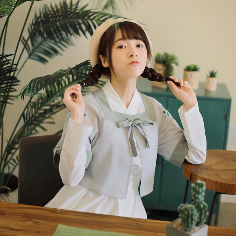 【采蘩】徐娇织羽集日常汉元素服春夏新款女装刺绣交领连衣裙
