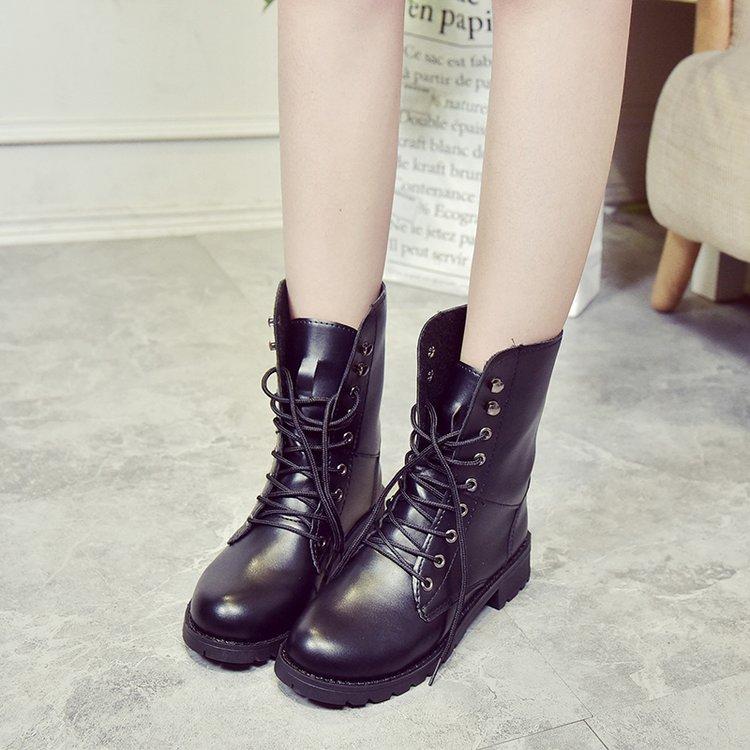 春秋女短靴表演军靴中筒马丁靴高帮英伦皮靴子休闲欧美机车靴大码