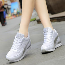 Spring and summer mesh Korean version of the thick sports shoes breathable white casual shoes inside increased shoes slope with a single shoe 33 yards