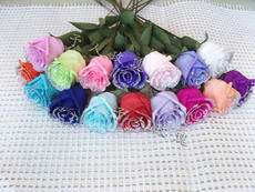 Handmade DIY crepe paper flower finished Valentine's Day bouquet gift single simulation paper rose unit activity