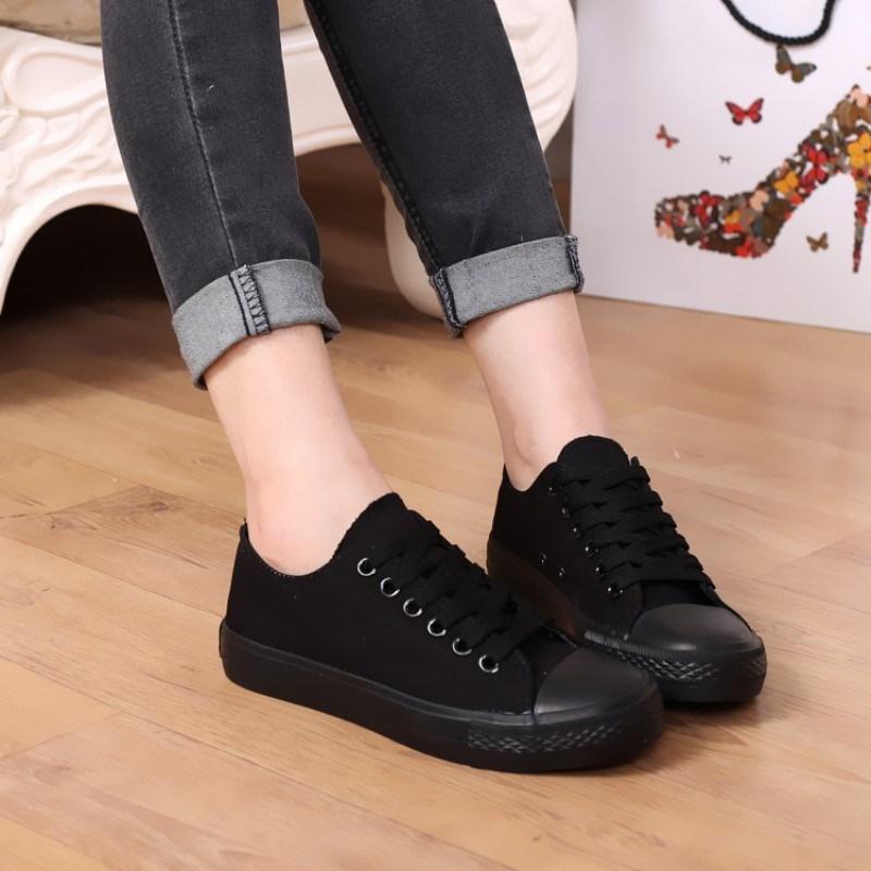 2018情侣全黑色帆布鞋女低帮布鞋男生球鞋纯黑色工作鞋韩版平底。