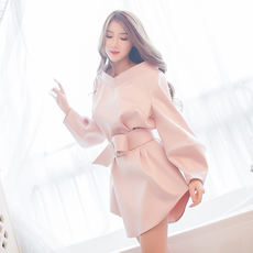 Ice Ice House 18 Spring New Thailand Tide Brand Simple Slim V-neck Wild Individual Lantern Sleeve Dress
