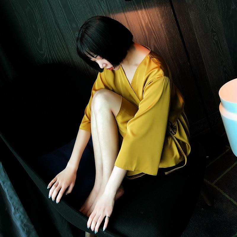 黄色睡袍女士夏季薄款短袖宽松大码冰丝睡衣性感诱惑中长款家居服