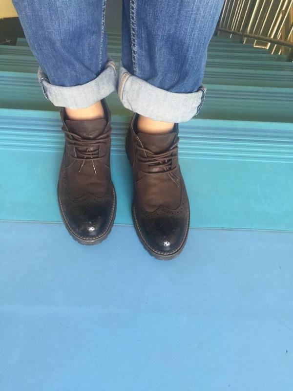 真的太帅了这双鞋,质量也非常好!穿几天后再来追加!