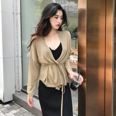Autumn female 2018 new v-neck long-sleeved knit cardigan top + high waist was thin bottoming strap long dress
