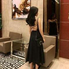 港味chic交叉绑带露背中长款女裙夏新款优雅吊带抹胸裙气质连衣裙