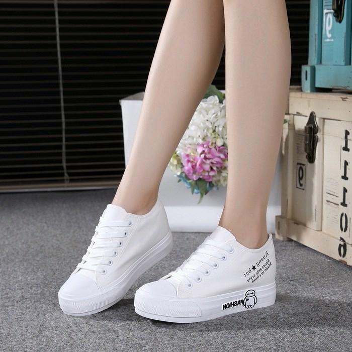 大白2017女大童休闲板鞋厚底内增高初中女学生运动鞋白色帆布鞋子