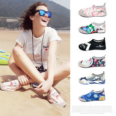 Diving shoes children snorkeling shoes adult swimming shoes men and women beach shoes treadmill special shoes beach socks wading shoes