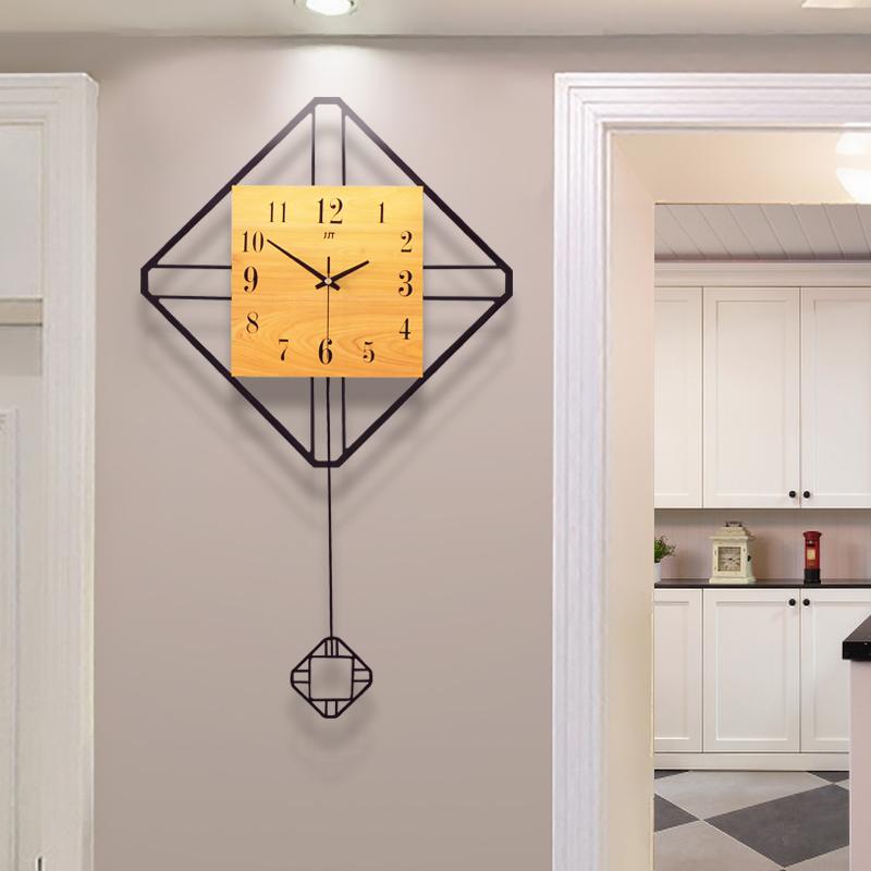 创意时钟北欧现代简约大气钟表潮流装饰餐厅田园静音摇摆客厅挂钟