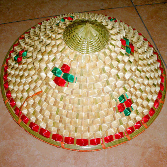 02#Bamboo Knotted Pineapple Hat Performance Dance Props Dai Fighting Fisherman Hat