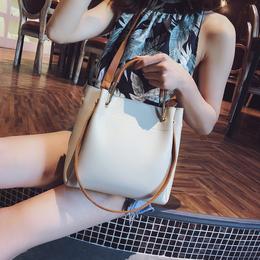 手提包包女2018新款潮韩版百搭斜挎包简约时尚单肩包大容量水桶包