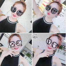 Sunglasses women's street shooting sunglasses wild black glasses pink sunglasses UV 2018 new