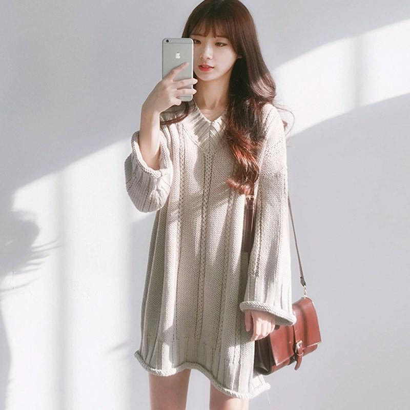 春秋女装2018新款韩版V领宽松中长款长袖套头毛衣连衣裙学生显瘦
