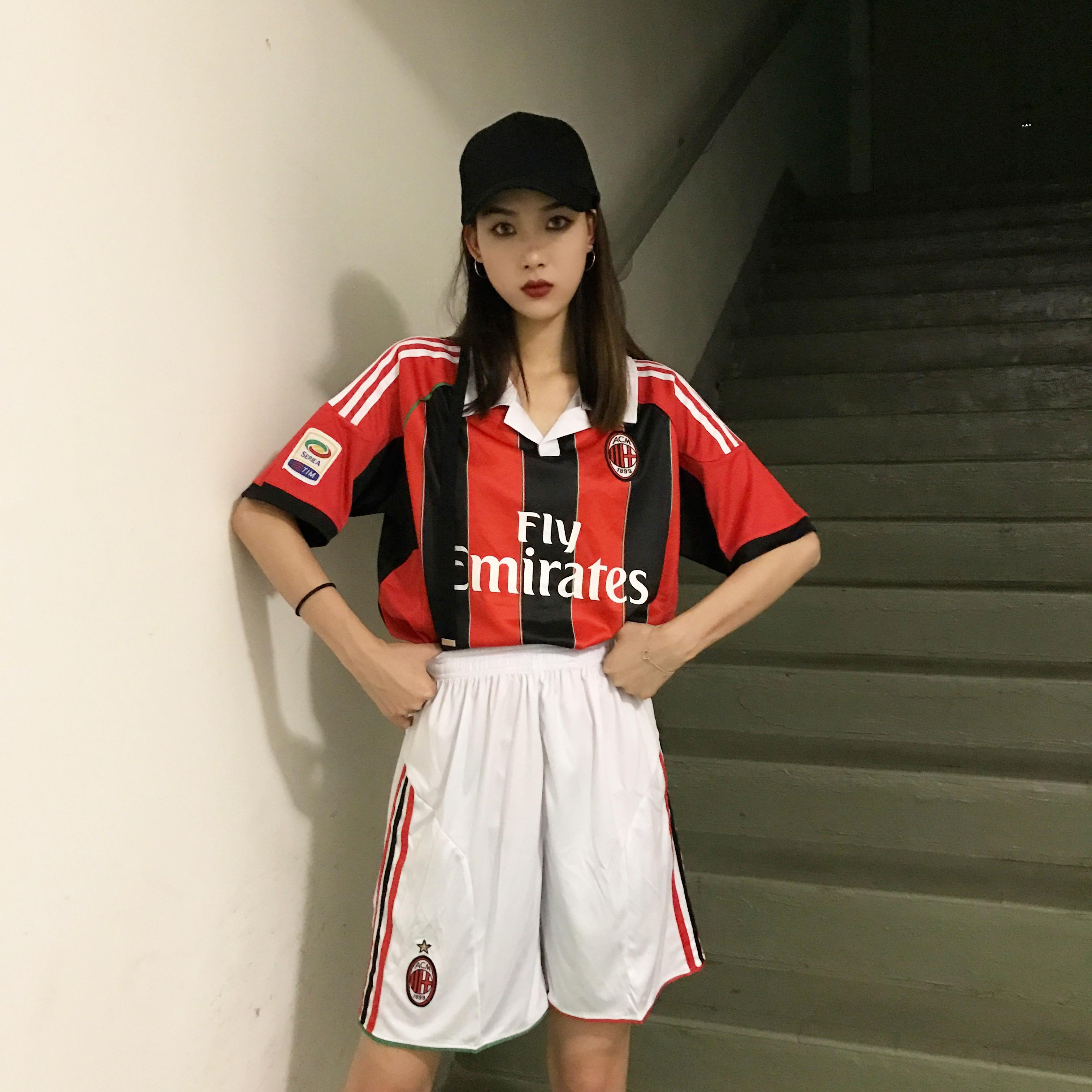 包邮 足球服球服套装 男女可穿 嘻哈韩版学生班服团体套装印数字