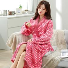 Daily specials autumn winter flannel couple nightgown men and women bathrobes coral fleece thickening robe home service