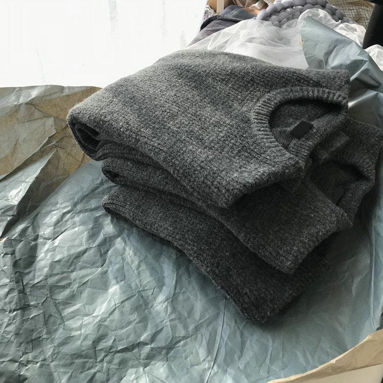 日本U+  羊毛厚款  菠萝纹毛衣  1810068