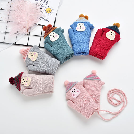 Baby gloves autumn and winter 0-1-3 years old 2 baby children's gloves children's children's girls warm and velvet thick and lovely