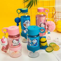 卡通kt猫手动柠檬杯玻璃塑料大容量榨汁便携儿童吸管过滤水杯子