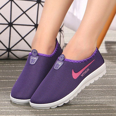 Spring women's shoes flat women's shoes students a pedal sports shoes old Beijing women's shoes soft bottom mother 坣