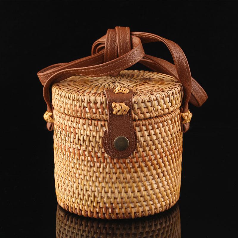 越南纯手工圆形藤编女包 新款时尚旅游单肩包包巴厘岛沙滩编织包