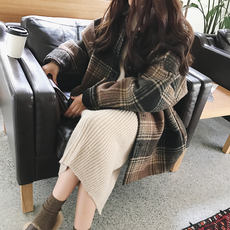 Retro plaid woolen coat female students winter Korean version loose thin BF Harajuku style thick woolen coat tide
