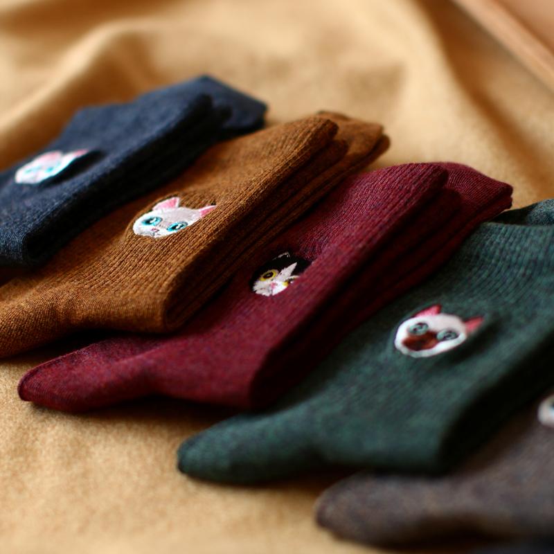 秋冬新品纯色刺绣喵星人卡通长袜子百搭森系复古女士纯棉中筒袜