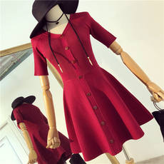 2018 early autumn new chic first love skirt retro V-neck waist with a feminine bottoming knit dress female